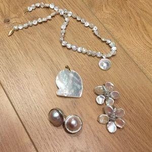 Jewelry - Pearl jewelry bundle